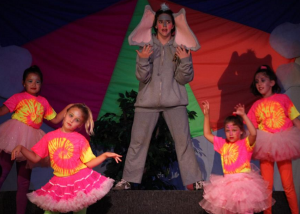 """2011 """"Seussical"""" - Kids Performance Summer Theatre Camp"""